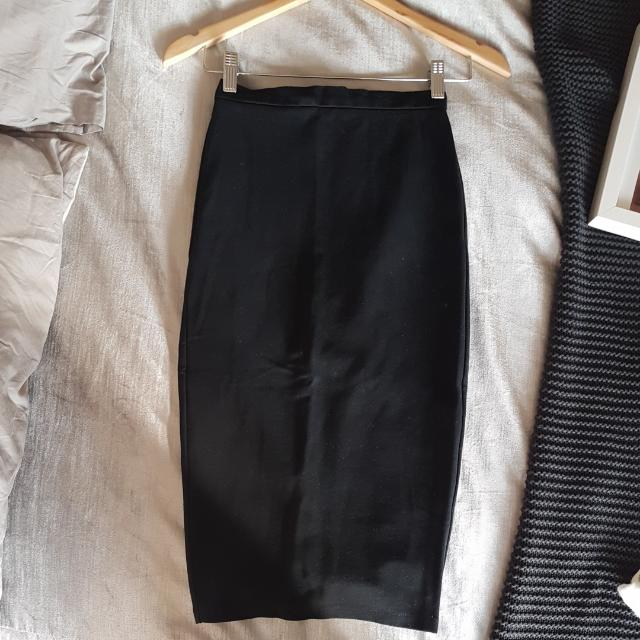 MAXIM Black Skirt Size XS - S