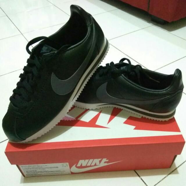 Nike cortez leather Size 42