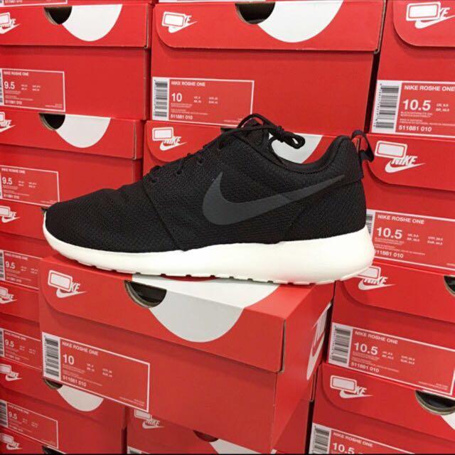 Nike Roshe One 黑白 基本