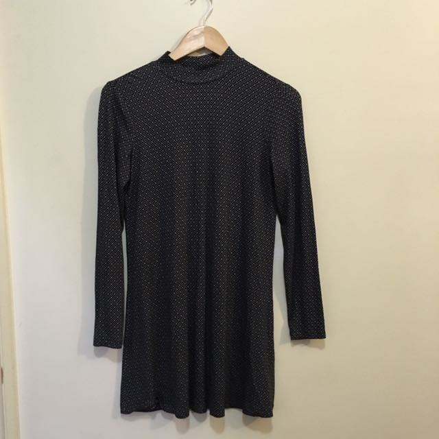 OVS turtleneck Dress Size S (8-10) Geometric Print