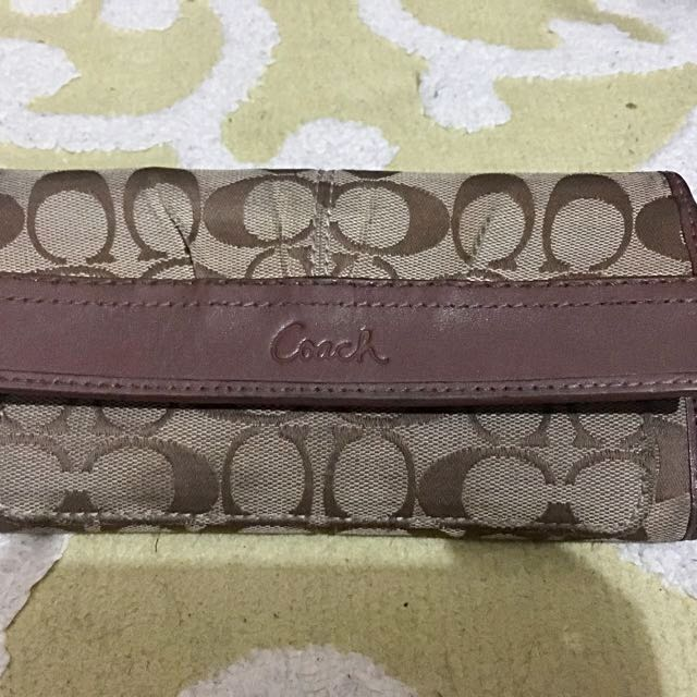 Preloved Coach Signature Vintage Wallet