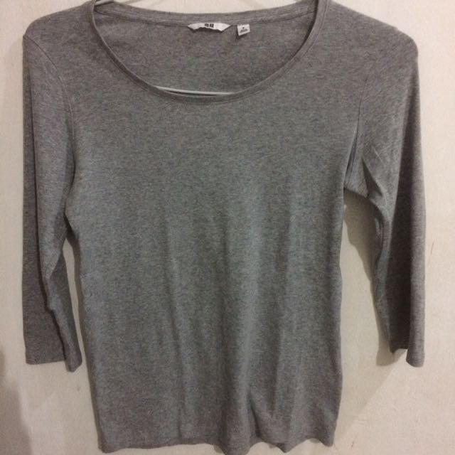 Uniqlo Grey Sweater