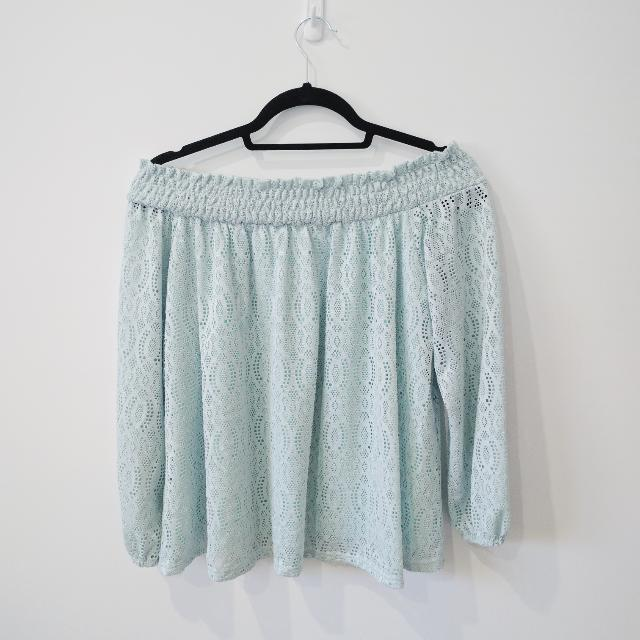 Valleygirl Mint Off The Shoulder Top Size 12