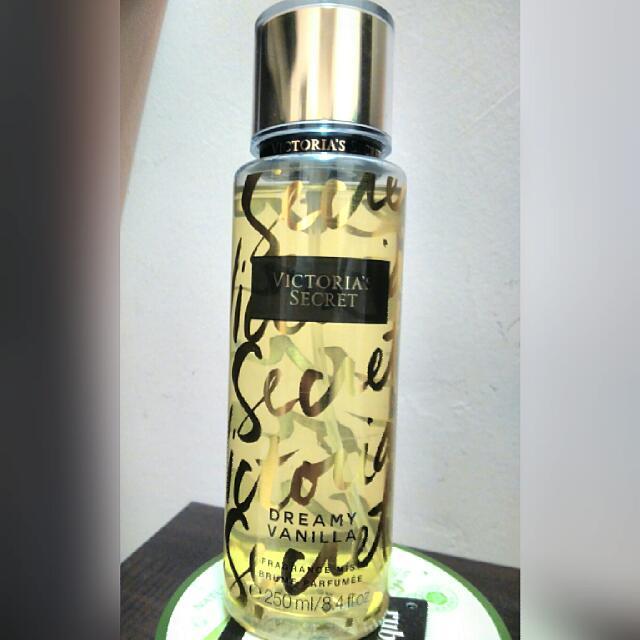 2fd8b0e558 Victoria s Secret Fragrance Mist (Dreamy Vanilla)