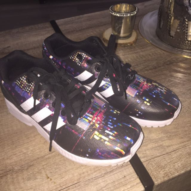 Women's Adidas Torsion Runners Size 8 1/2