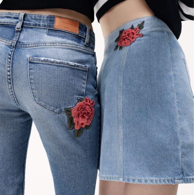 zara rose patch denim skirt 🌹