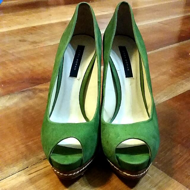 Zara Woman Green Heels