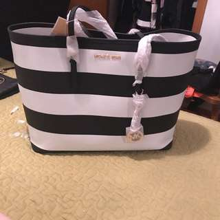Michael Kors Large Tote New W Tags