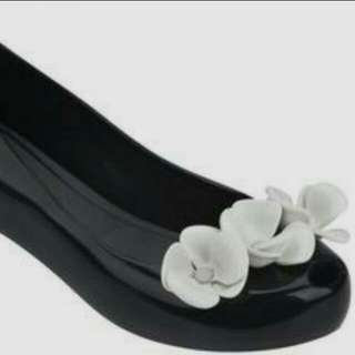 Melissa Ultragirl XI Black/white Shoes(price reduced)