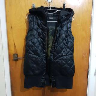 World Thorn And Rose Vest