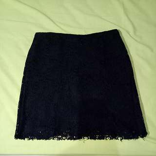 Rok Lacey Black