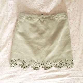 Hollister 麂皮 卡其色 雕花A字短裙