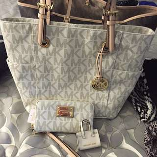 Michael Kors Bag Set