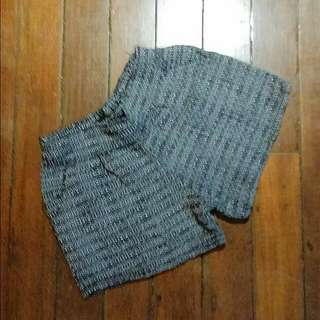 Small Stretchable Shorts