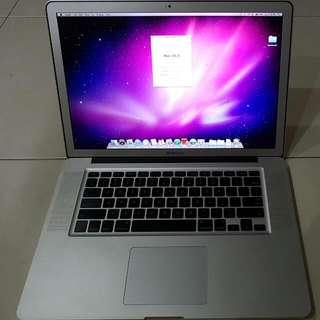 Macbook Pro 15 Inch i7
