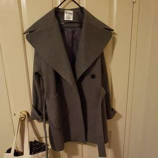 🍑structured grey coat size 10-12