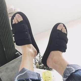 夏天暗黑休閒拖鞋涼鞋