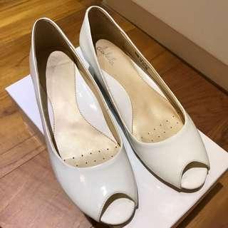 達芙妮根鞋