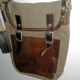 Preloved - Elle Simple Bag