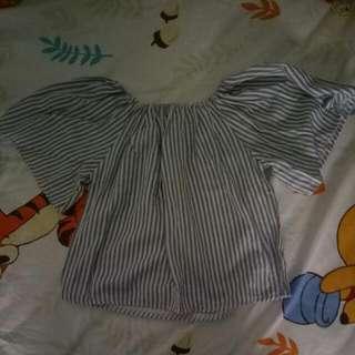 off shoulder/blouse