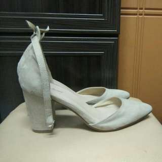 Something Borrowed heels