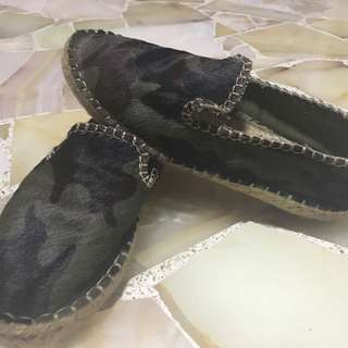 Pull And Bears Camo Fur Woven Loafers