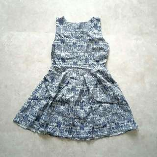 BN Brand New Sleeveless Medieval Patterned Dress In Blue