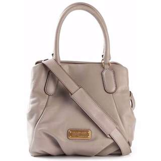 AUTHENTIC Marc by Marc Jacobs women's bag New Q Fran Shoulder sling cement grey