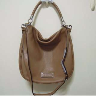 33f0a11e9ecf6 AUTHENTIC Marc by Marc Jacobs women bag Too Hot to Handle Hobo shoulder  sling brown