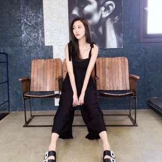 「正韓🔥女神款」🌸NEW  韓國肩綁帶後鬆緊連身寬褲