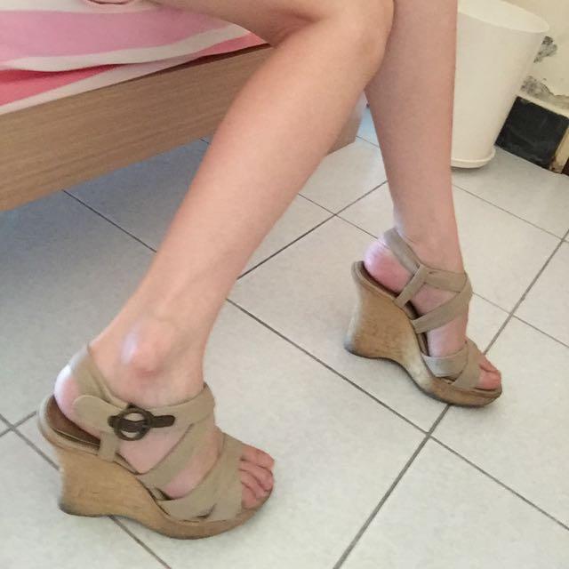 二手械型鞋