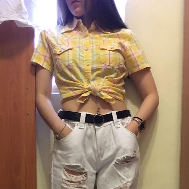 黃格子短版上衣