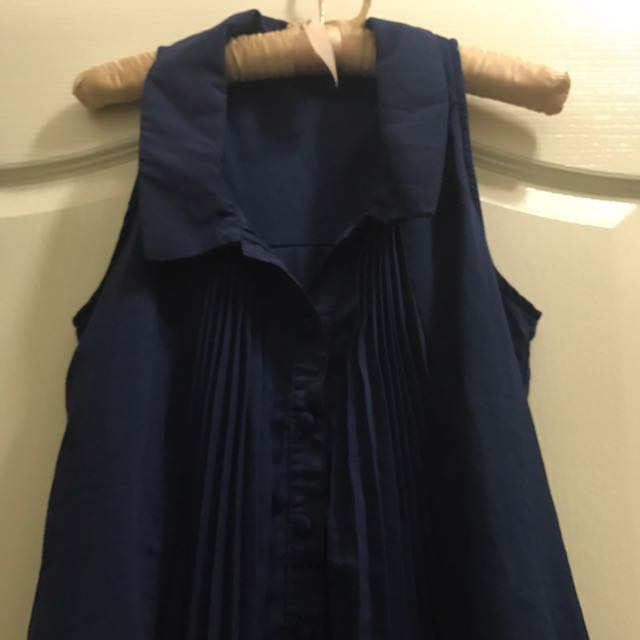 藍色襯衫領無袖上衣