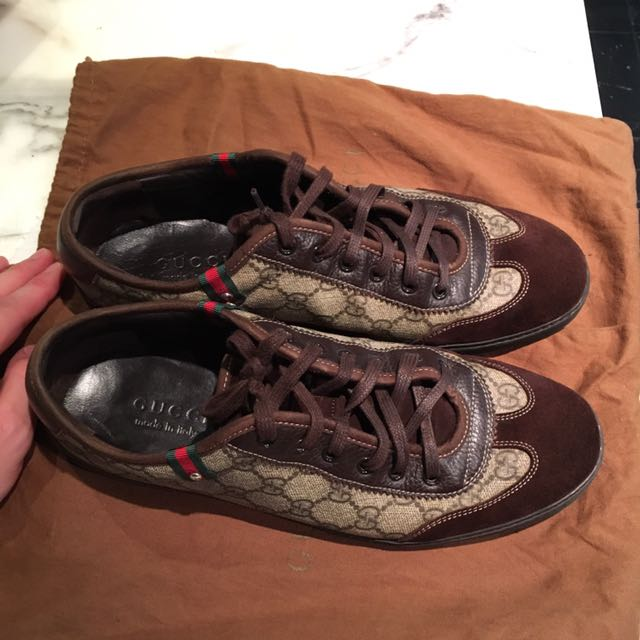 Authentic Gucci sneaker in beige brown colour