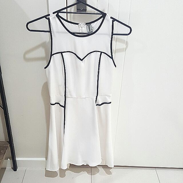 Battina Laino Dress Size 6