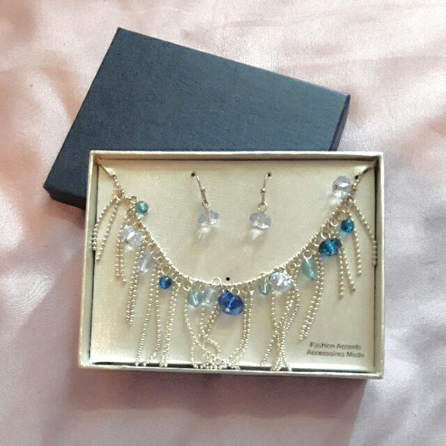 Blue Beaded Necklace And Earrings (N)