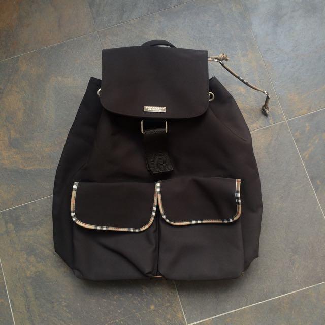 b0481d2a39e1 Burberry Fragrance Bag