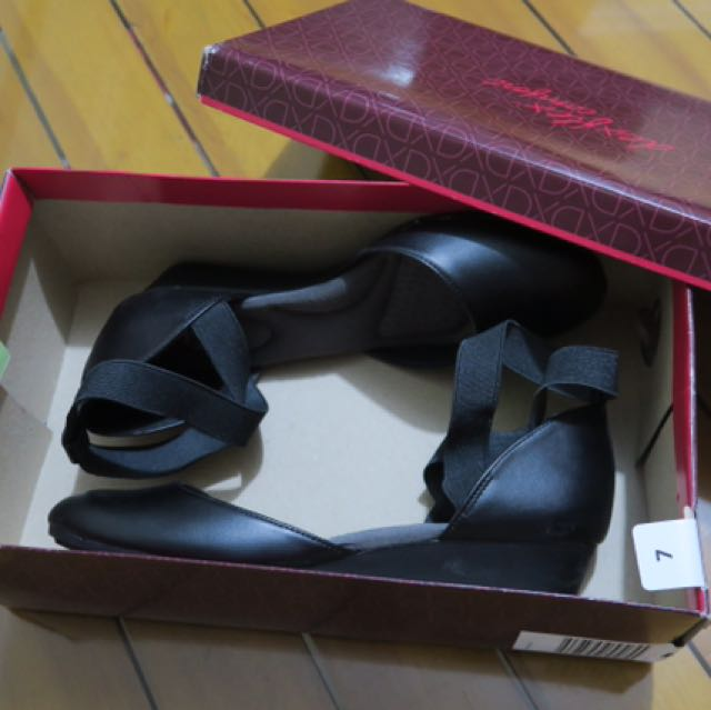 Deflex comfort from Payless size 7 super comfortable