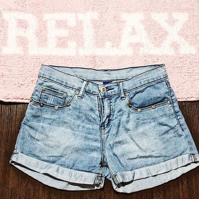 Denim Shorts 🌻