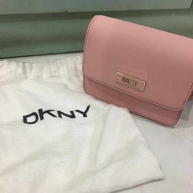 ca8de2d2d39 DKNY SMALL SLING BAG, Luxury, Bags & Wallets on Carousell