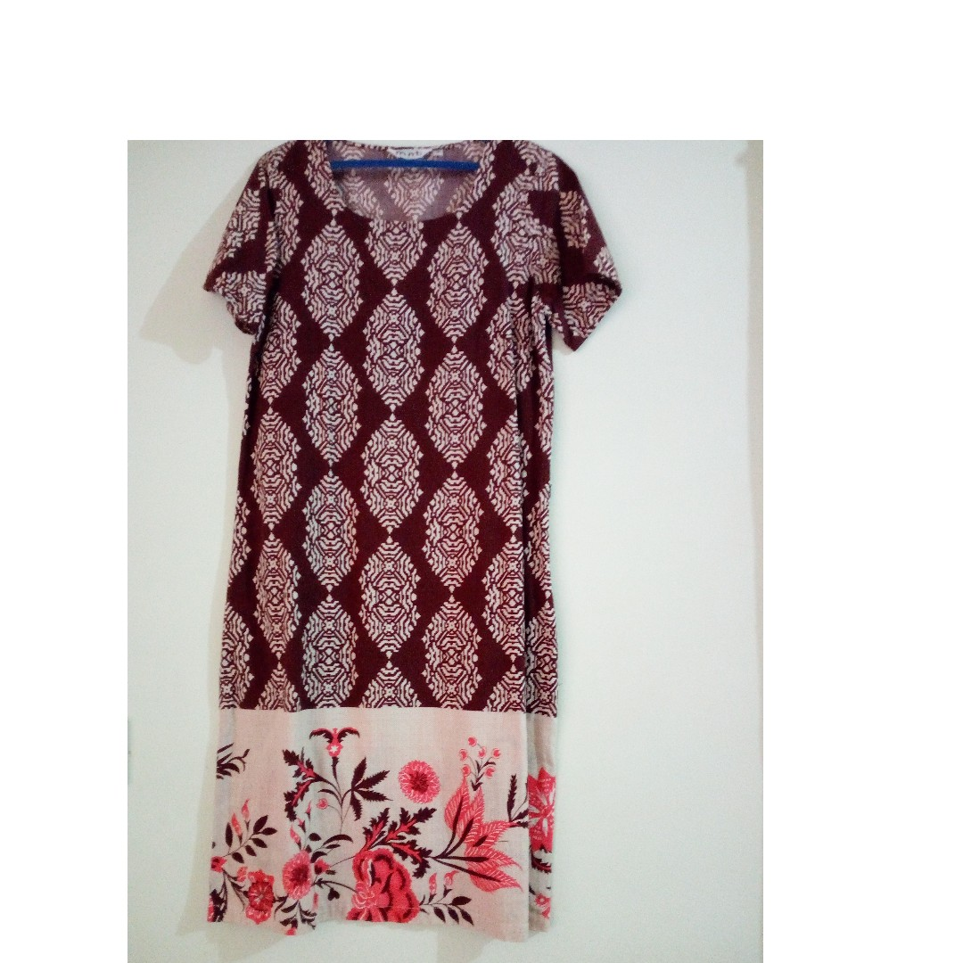 Dress batik cantik merk Mint size M