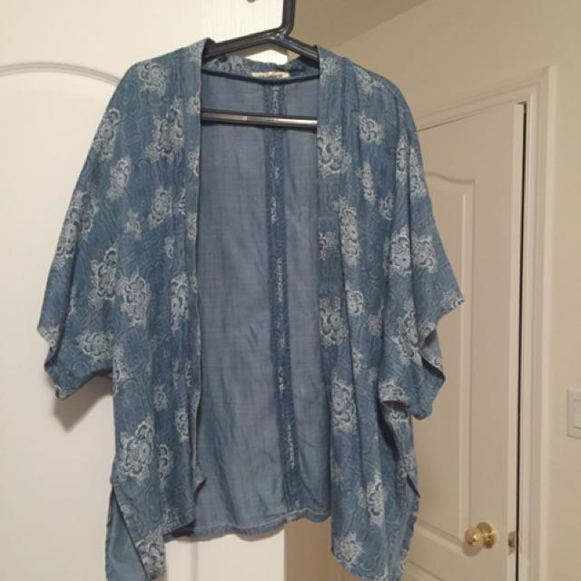 Forever 21 Flowy Kimono