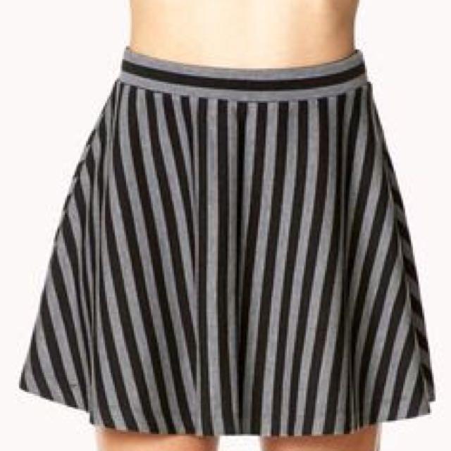 Gray And Black Stripes Skater Skirt