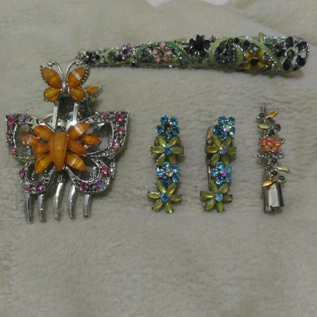 Hair Clip Accessories Take All For 100php!