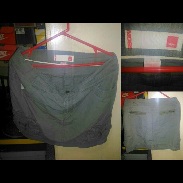 Mossimo 6 Pockets Skirt