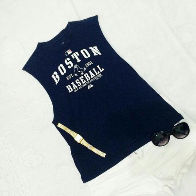 Muscle Tee Boston / Small - Medium