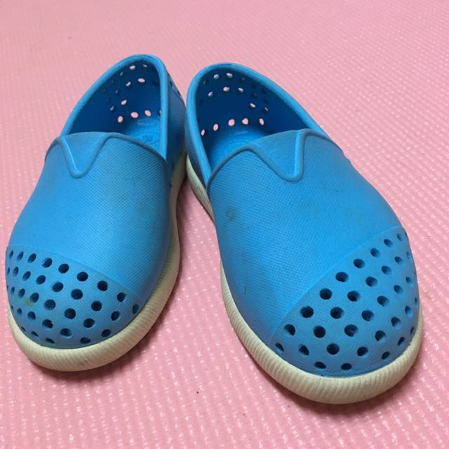 Native 童鞋