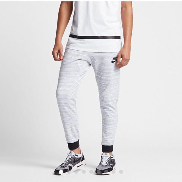 Nike sportswear Slim Fit Joggers, Men's