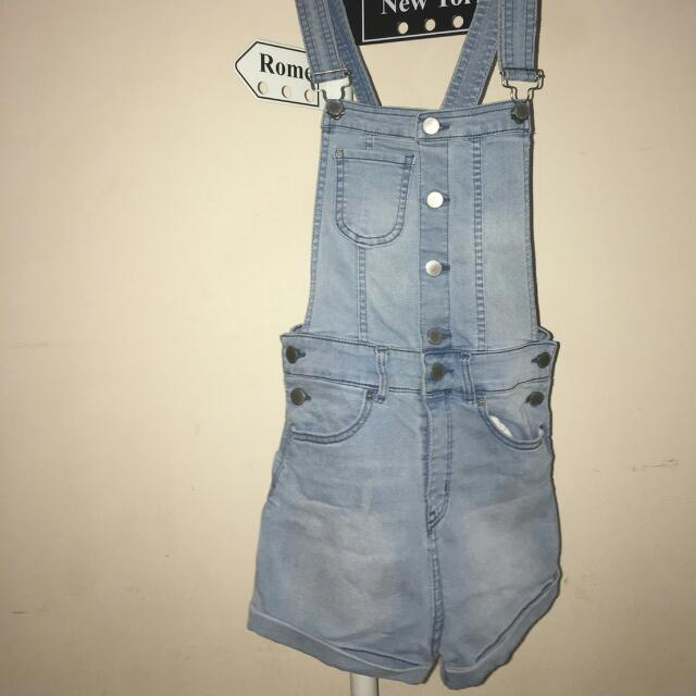 Overall Divided By H&M