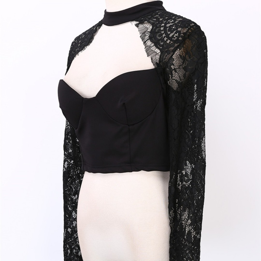 3eee903ce1d [PO] Lace Choker Sweetheart Long Sleeve Crop Top, Women's Fashion, Clothes,  Tops on Carousell